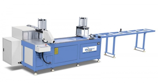 高精度数控送料切割锯LJJC-CNC-500